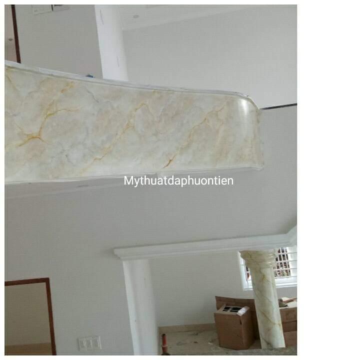 giả đá cẩm thạch má cầu thang